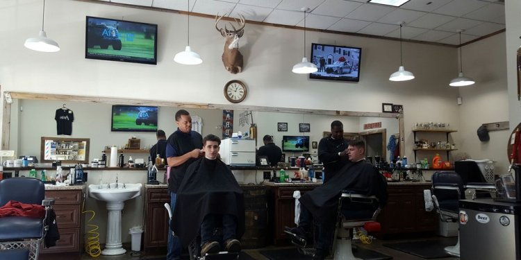 A Better Man s Barbershop - 10