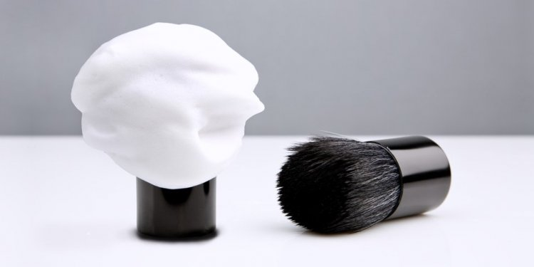Basic Synthetic Shaving Brush