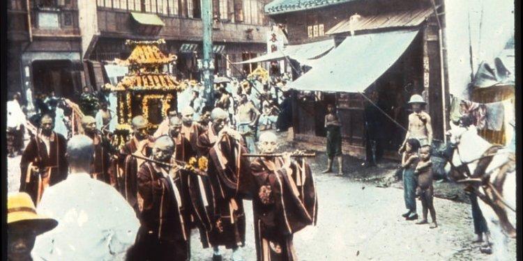 Buddhist procession, Shanghai, Shanghai Shi, China, ca.1900-1919 (IMP-YDS-RG008-358-8-0025