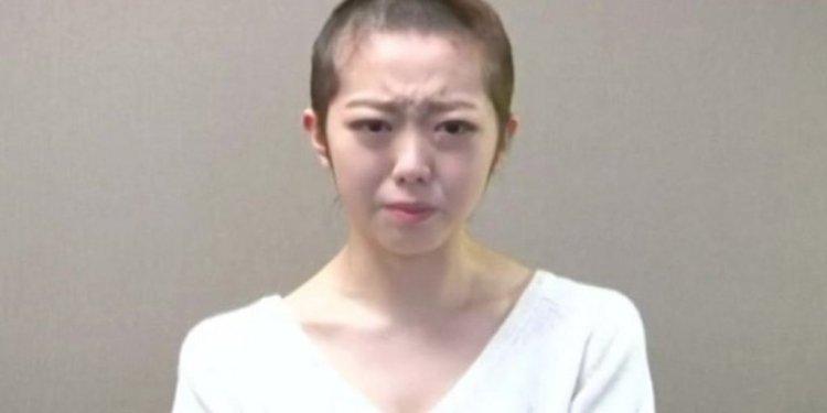 Japanese pop star shaves her