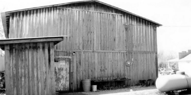 Rosine General Store and Barn